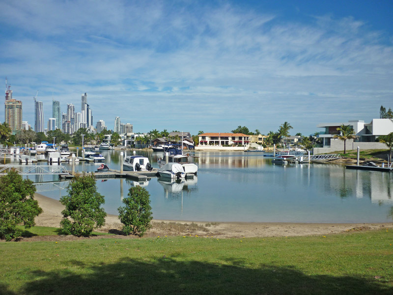 PARADISE WATERS QLD 4217
