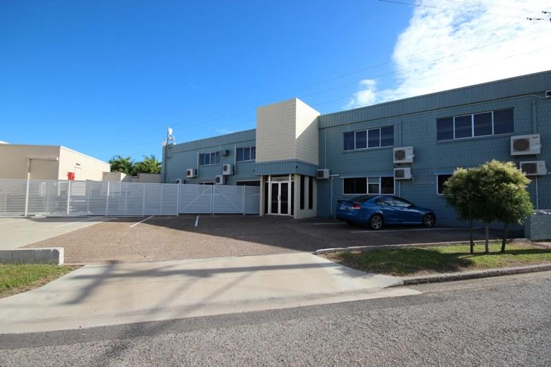 1 Smith Street HYDE PARK QLD 4812