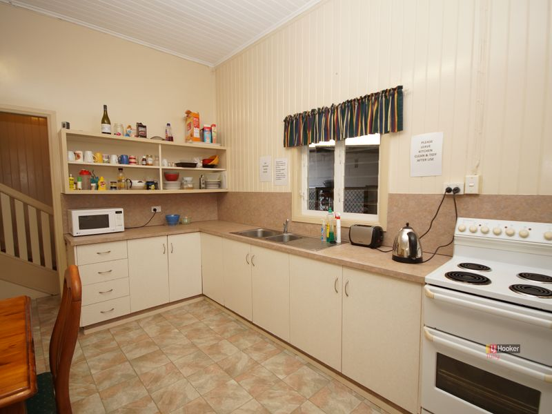 30 Butler Street TULLY QLD 4854