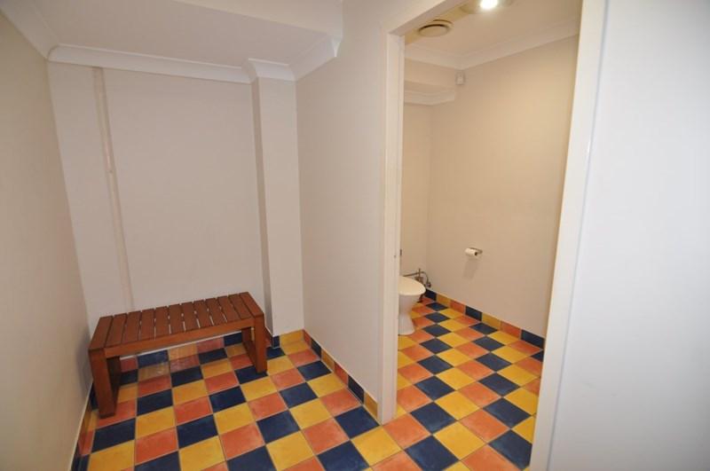 365 Woolcock Street GARBUTT QLD 4814