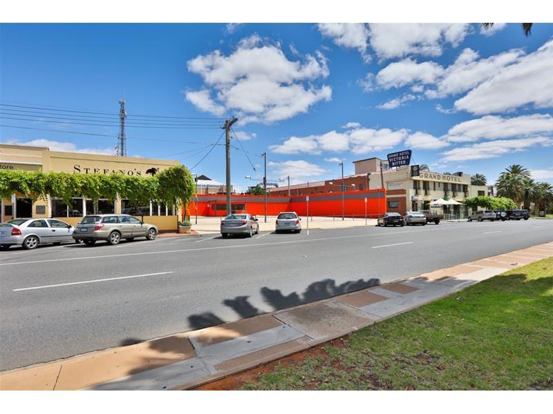 19-23 Deakin Avenue MILDURA VIC 3500