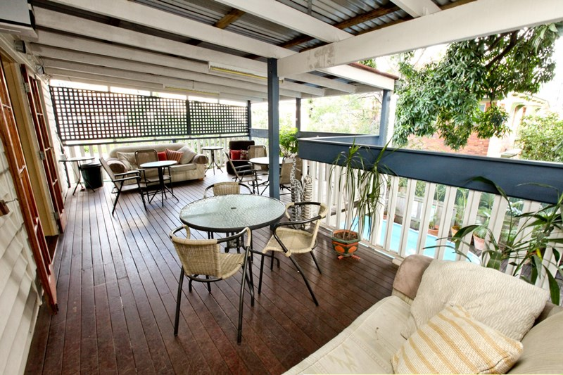 365 bowen terrace qld 4005 hotel leisure property for