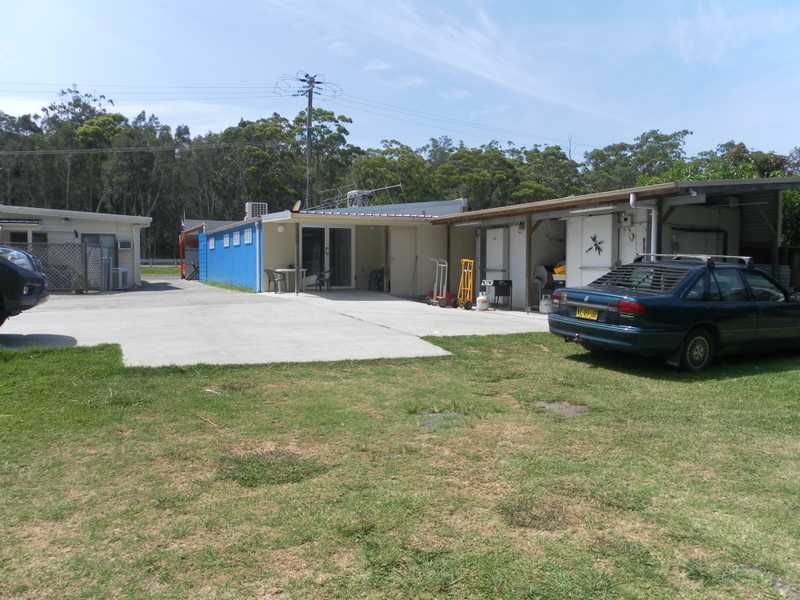 210A Charlotte Bay Street PACIFIC PALMS NSW 2428