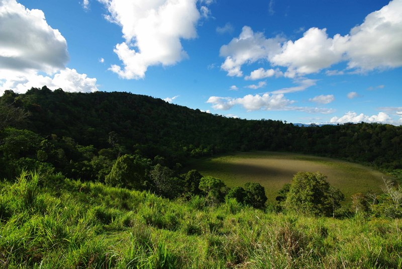 Hunt Road via Peeramon Road YUNGABURRA QLD 4884