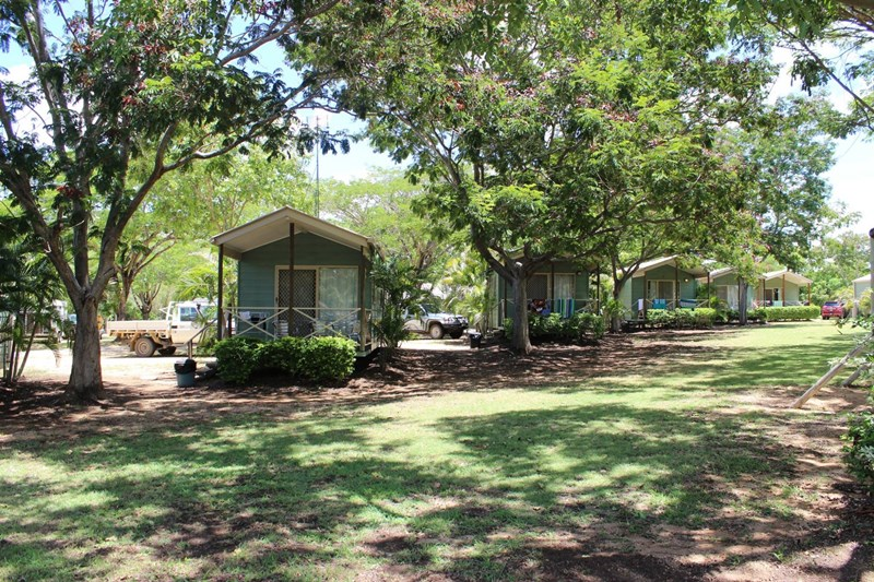 76 Dr George Ellis Drive CHARTERS TOWERS QLD 4820