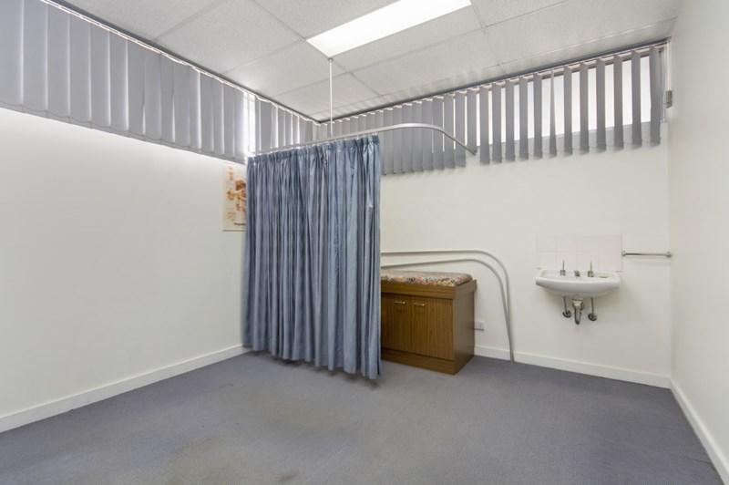 Unit 3/18 Limestone Street IPSWICH QLD 4305