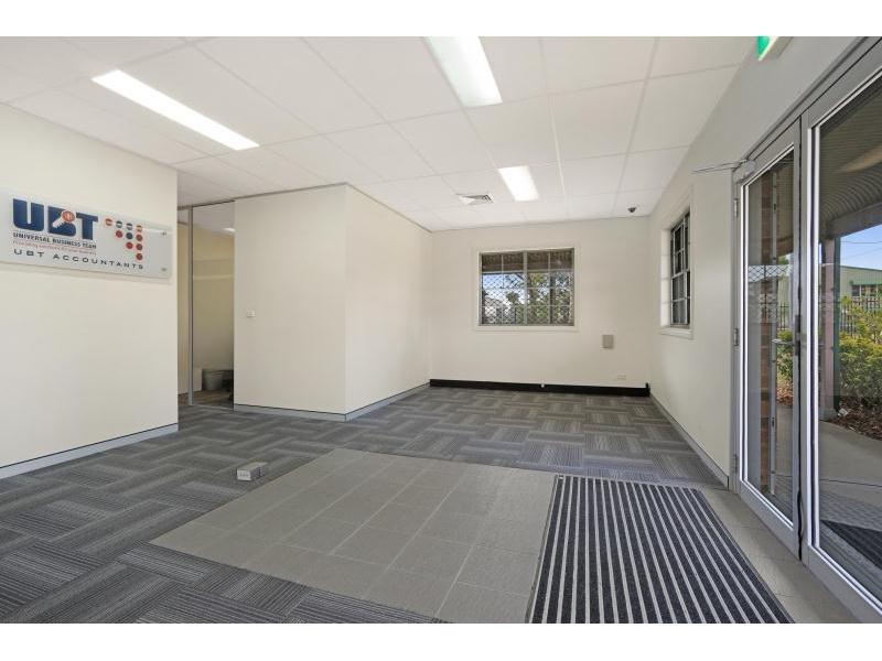 35 Aruma Place CARDIFF NSW 2285