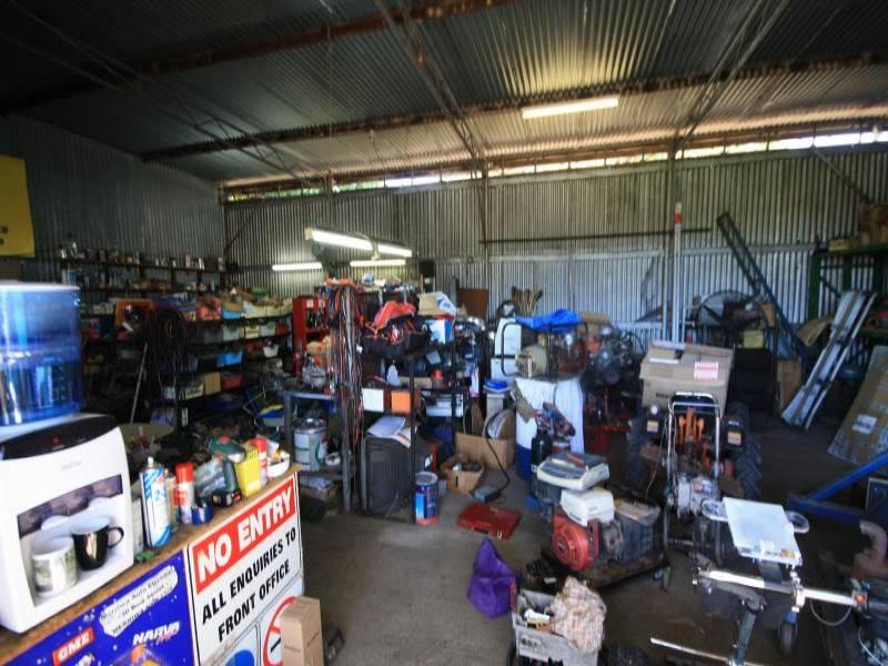 30 Bow Street MERRIWA NSW 2329