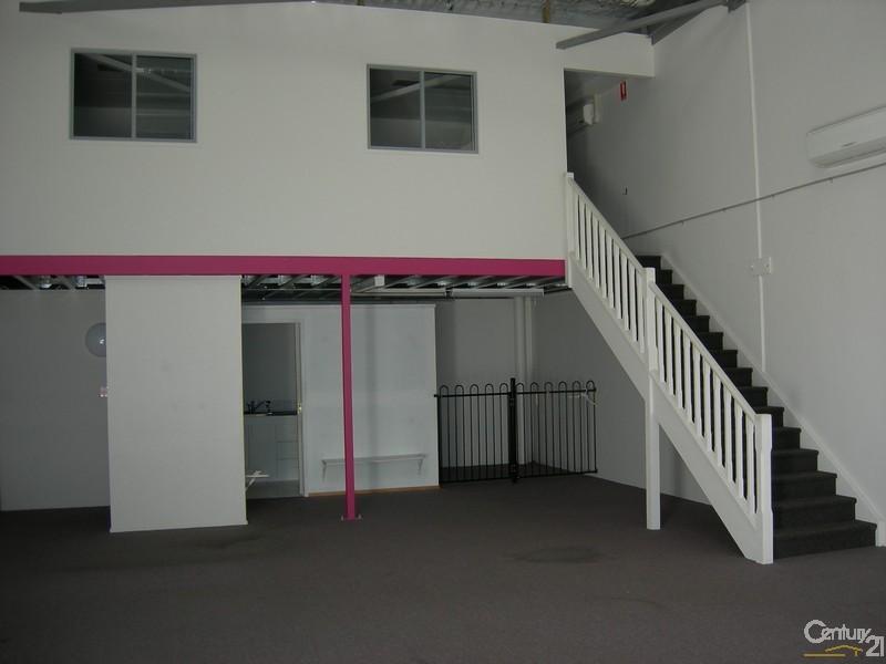 2/17 Liuzzi Street HERVEY BAY QLD 4655