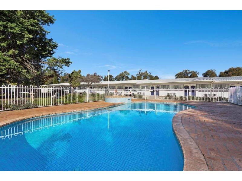 HOLBROOK NSW 2644