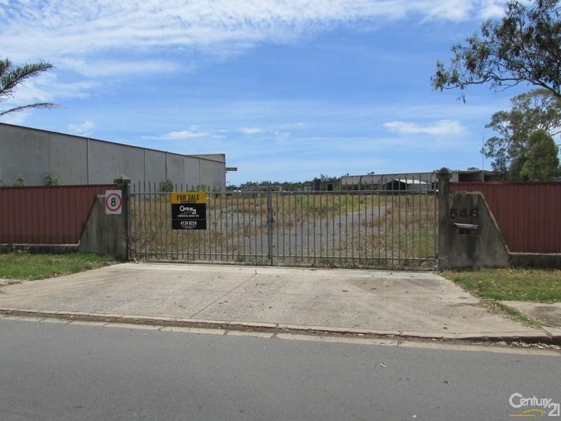 42 Lower Mountain Road DUNDOWRAN QLD 4655