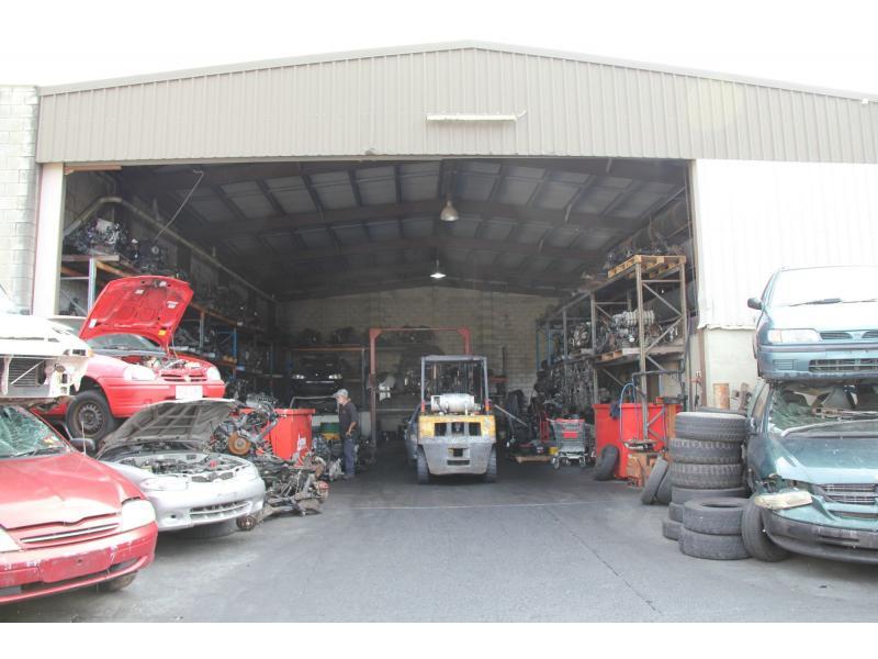 27 Greg Chappell Drive BURLEIGH HEADS QLD 4220