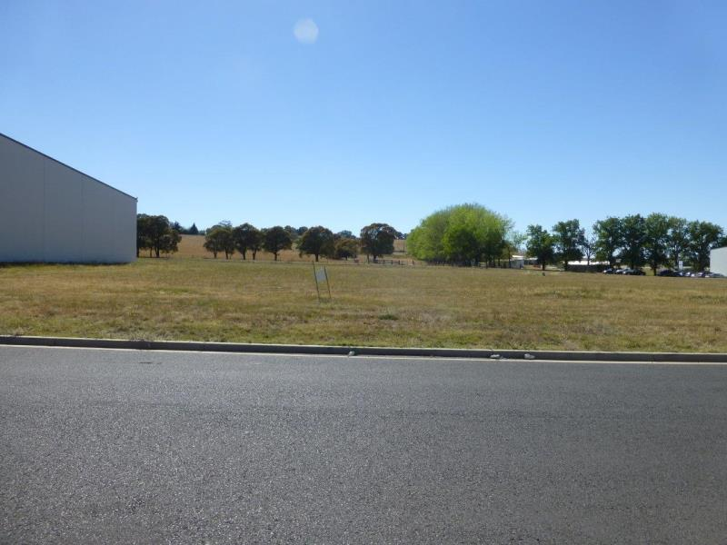 3 Gateway Crescent ORANGE NSW 2800