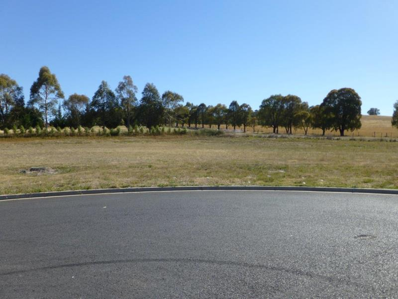 15 Cameron Place ORANGE NSW 2800