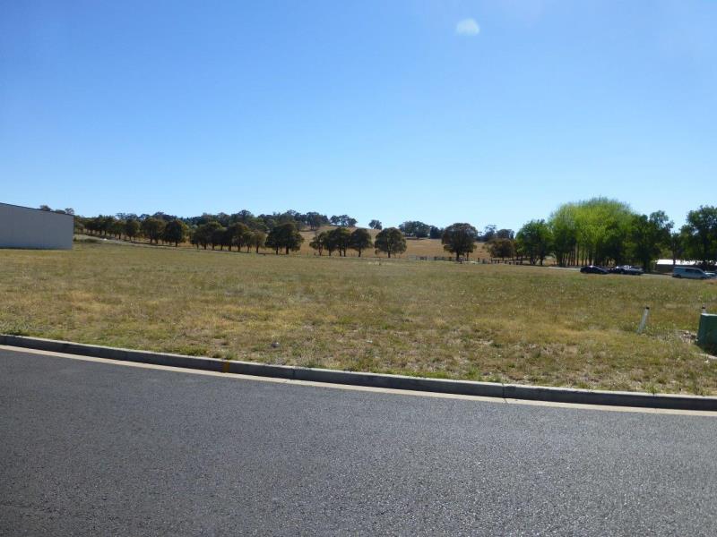 5 Gateway Crescent ORANGE NSW 2800