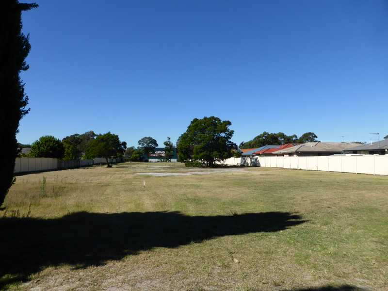 46 The Lakes Way FORSTER NSW 2428