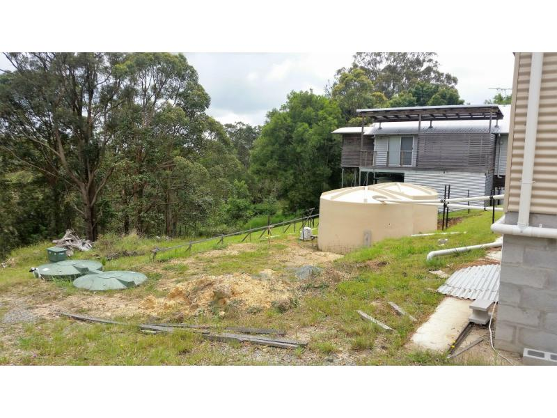 70 Magnetic Drive TAMBORINE MOUNTAIN QLD 4272