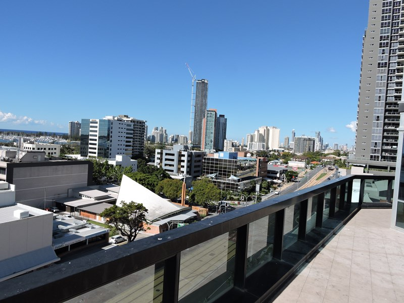 56 Scarborough St SOUTHPORT QLD 4215