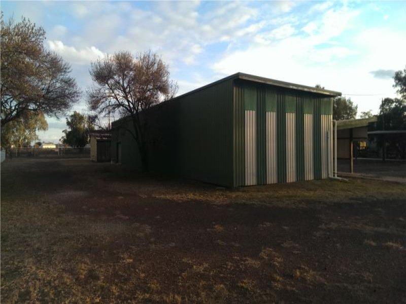 36 Yumborra Road DALBY QLD 4405