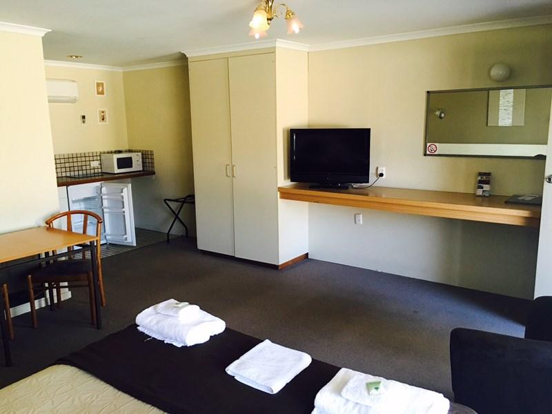147 Federation Avenue COROWA NSW 2646