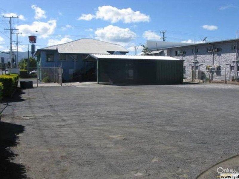 71 Archer Street ROCKHAMPTON CITY QLD 4700
