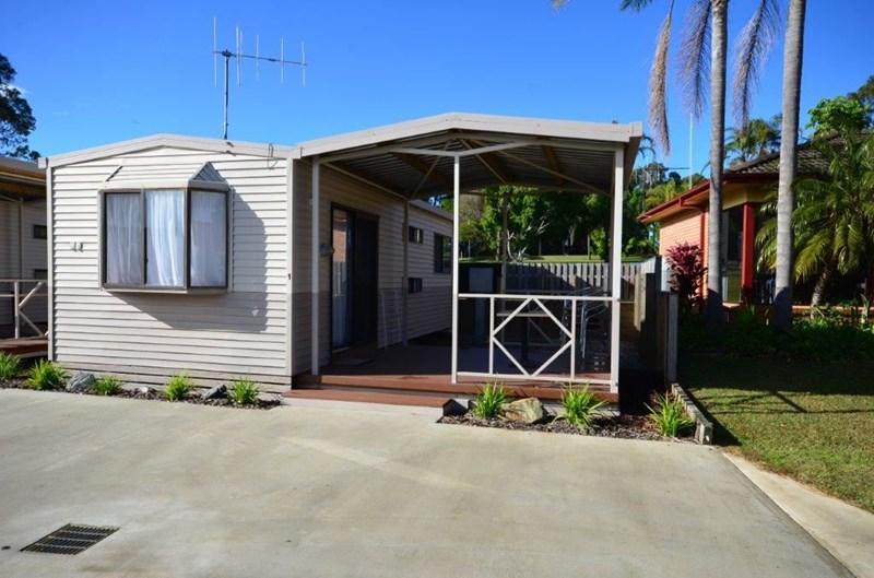 1379 Ocean Drive LAKE CATHIE NSW 2445