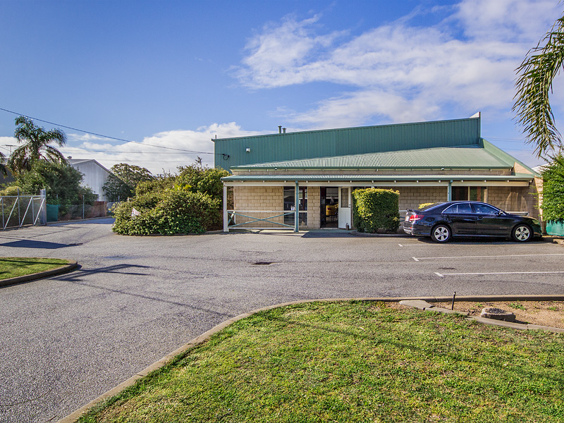 8 Panton  Road GREENFIELDS WA 6210