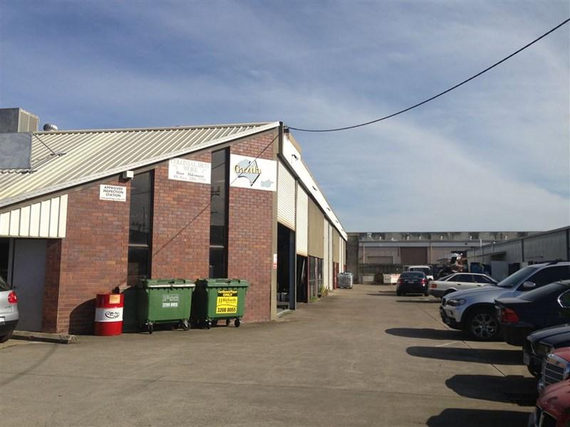 2 & 3/12 Johnstone Road BRENDALE QLD 4500