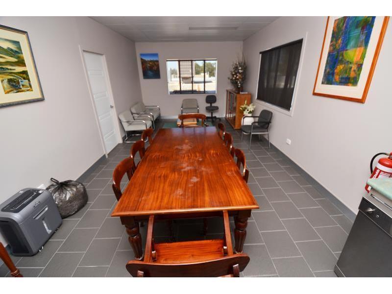 17 Callide Street BILOELA QLD 4715