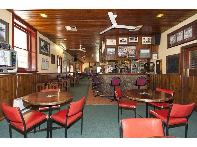 101 Main Street, Western Highway GREAT WESTERN VIC 3377
