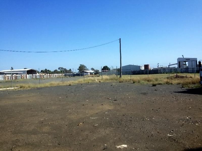 12 Jarrah St BLACKWATER QLD 4717