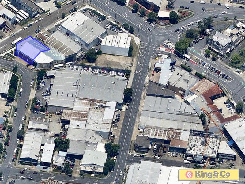2/16 Lotus Street WOOLLOONGABBA QLD 4102