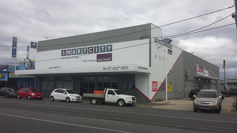 160 Denison Street ROCKHAMPTON CITY QLD 4700