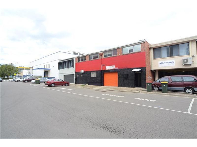 Entire Sit/45 William Street RAYMOND TERRACE NSW 2324