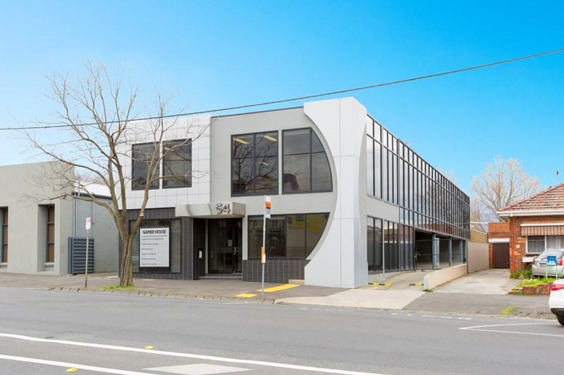 54 Napier Street ESSENDON VIC 3040