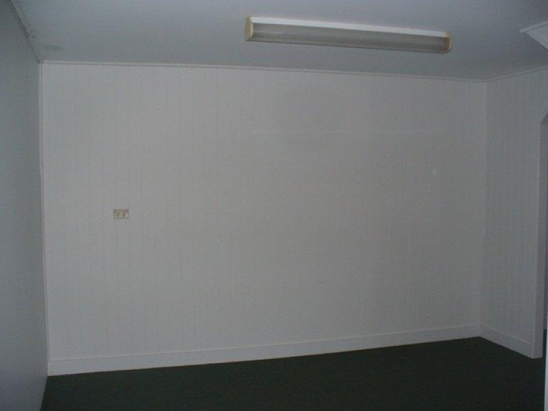 8 Campbell Street BUNDABERG EAST QLD 4670