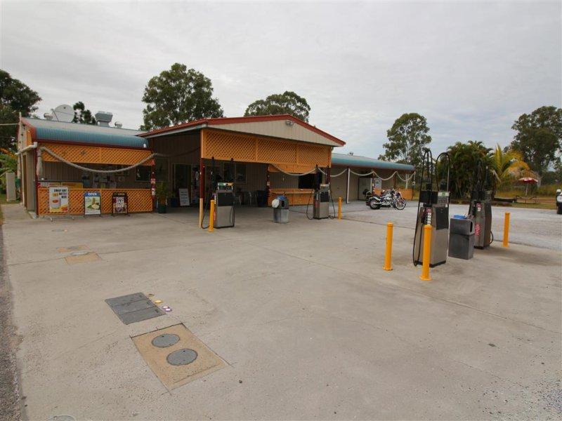 10 ROUND HILL RD TAUNTON QLD 4674