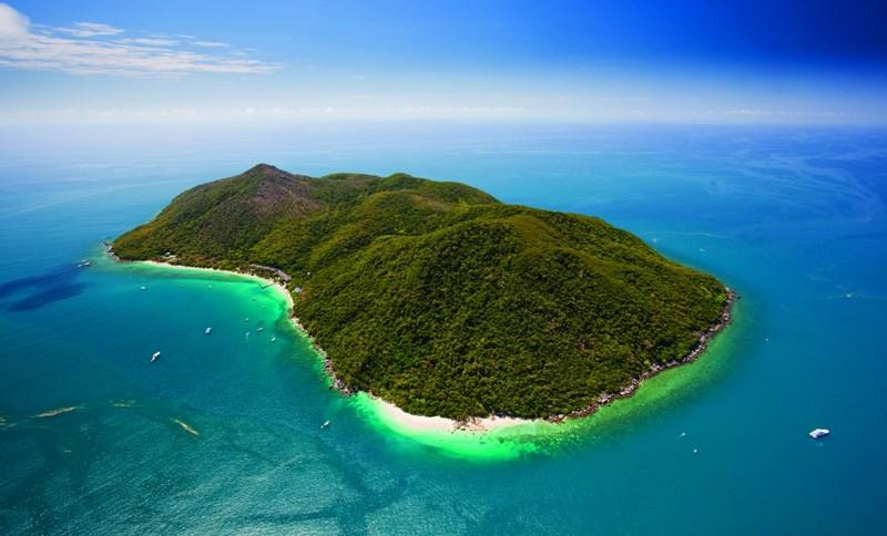 1 Fitzroy Island CAIRNS QLD 4870