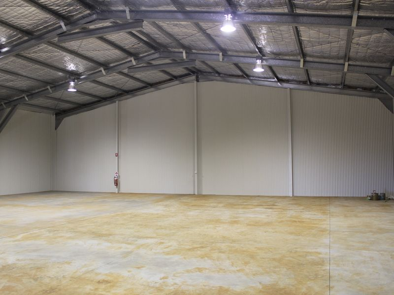 27 Croft Crescent HARRISTOWN QLD 4350
