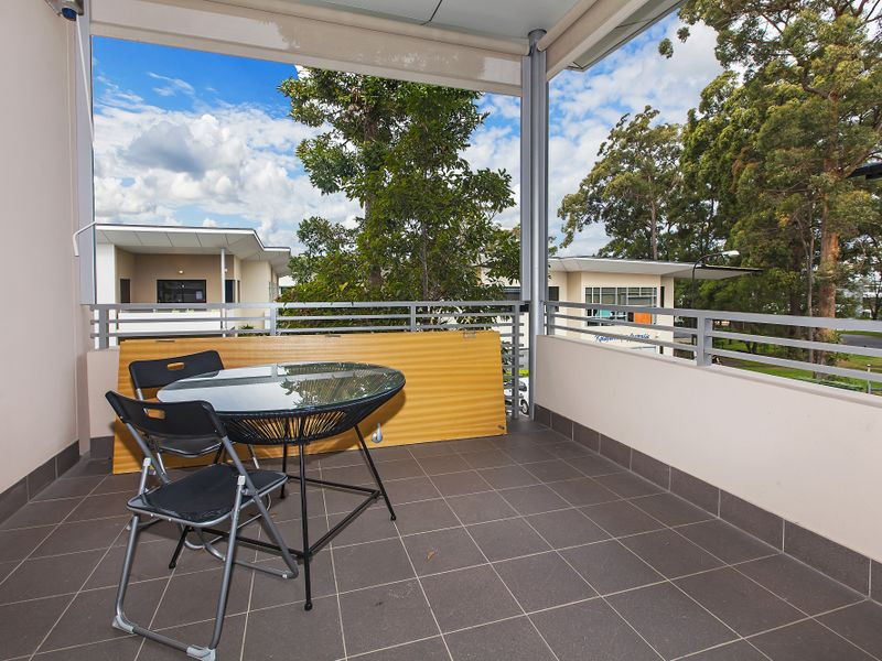 Upstairs O/LOT 2 Miles Platting Road EIGHT MILE PLAINS QLD 4113