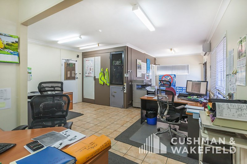 6-8 Bowen Street SLACKS CREEK QLD 4127