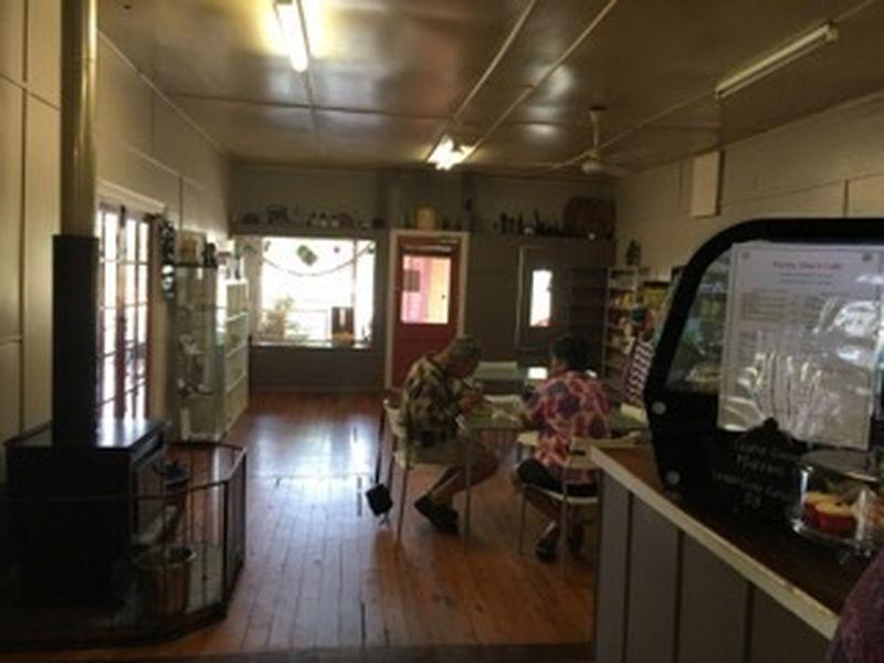 15 Arthur Street TAMBO QLD 4478