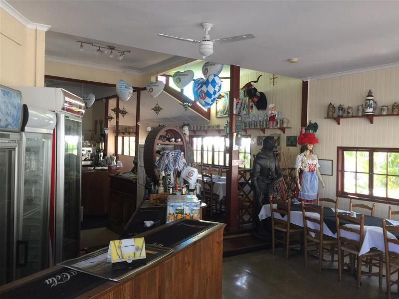 196 Gladstone Road HIGHGATE HILL QLD 4101