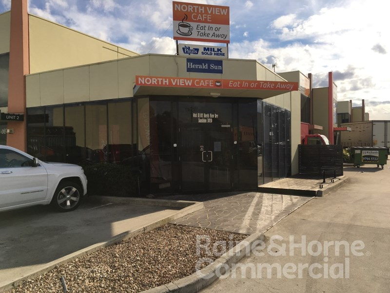 8/102 - 110 Northview Drive SUNSHINE VIC 3020