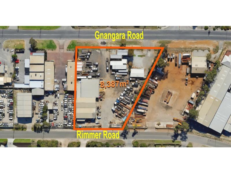 236 Gnangara Road LANDSDALE WA 6065
