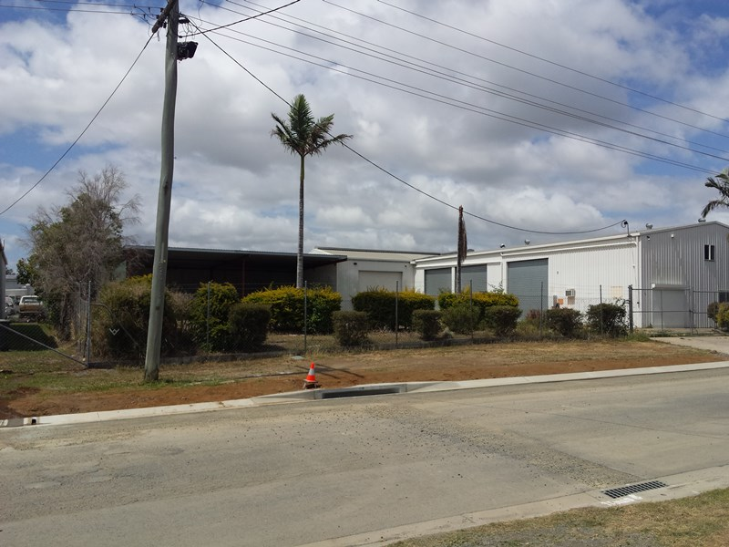 164 Maloney Street ROCKHAMPTON CITY QLD 4700