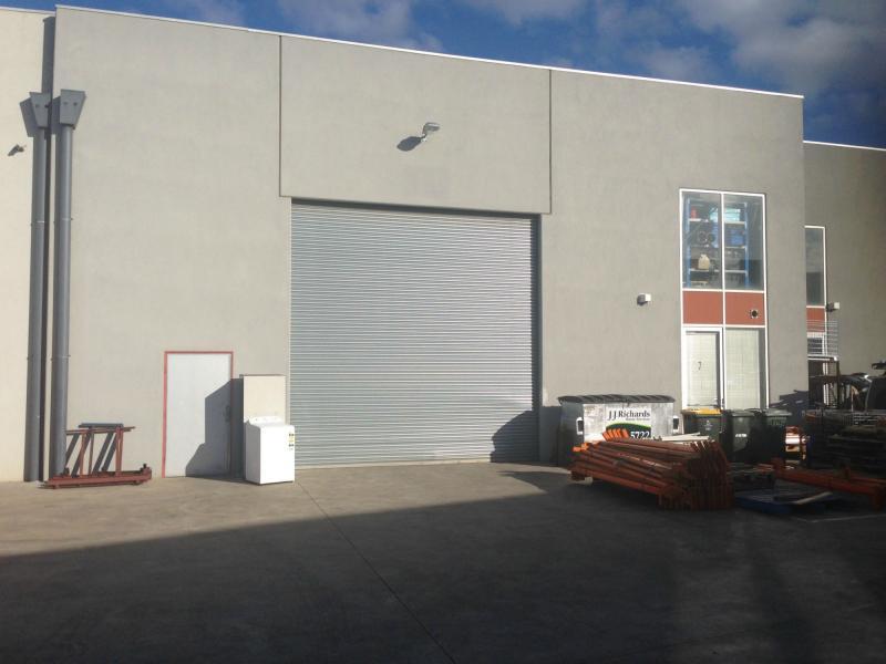 7/7-9 Westwood Drive RAVENHALL VIC 3023
