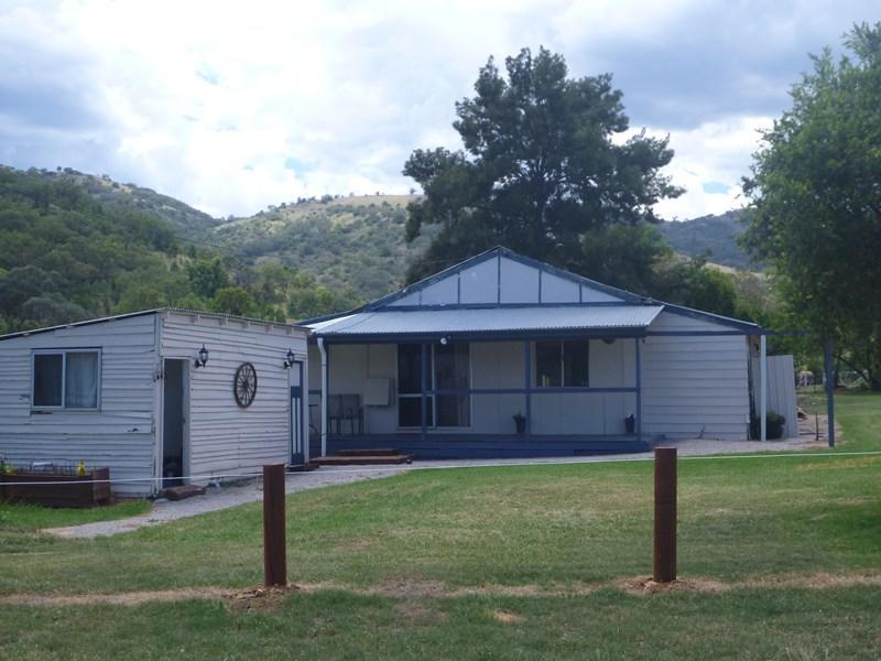 Glenbrook Halls Creek MANILLA NSW 2346