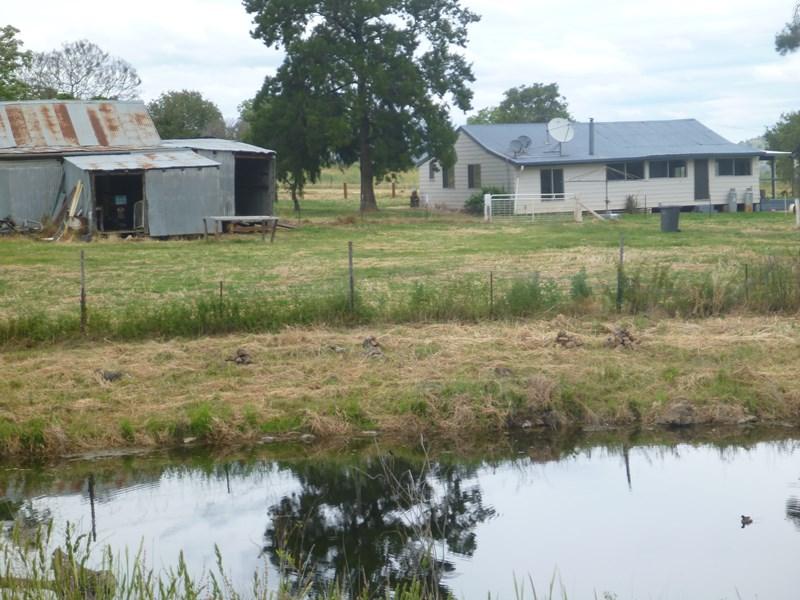 Glenbrook 398 Dunmore Road,Halls Creek MANILLA NSW 2346