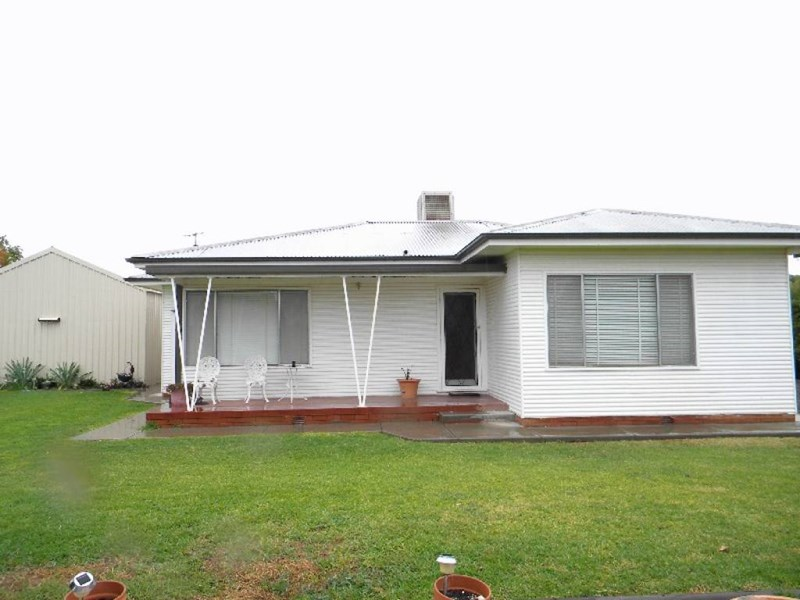 75 Petersham Rd LEETON NSW 2705